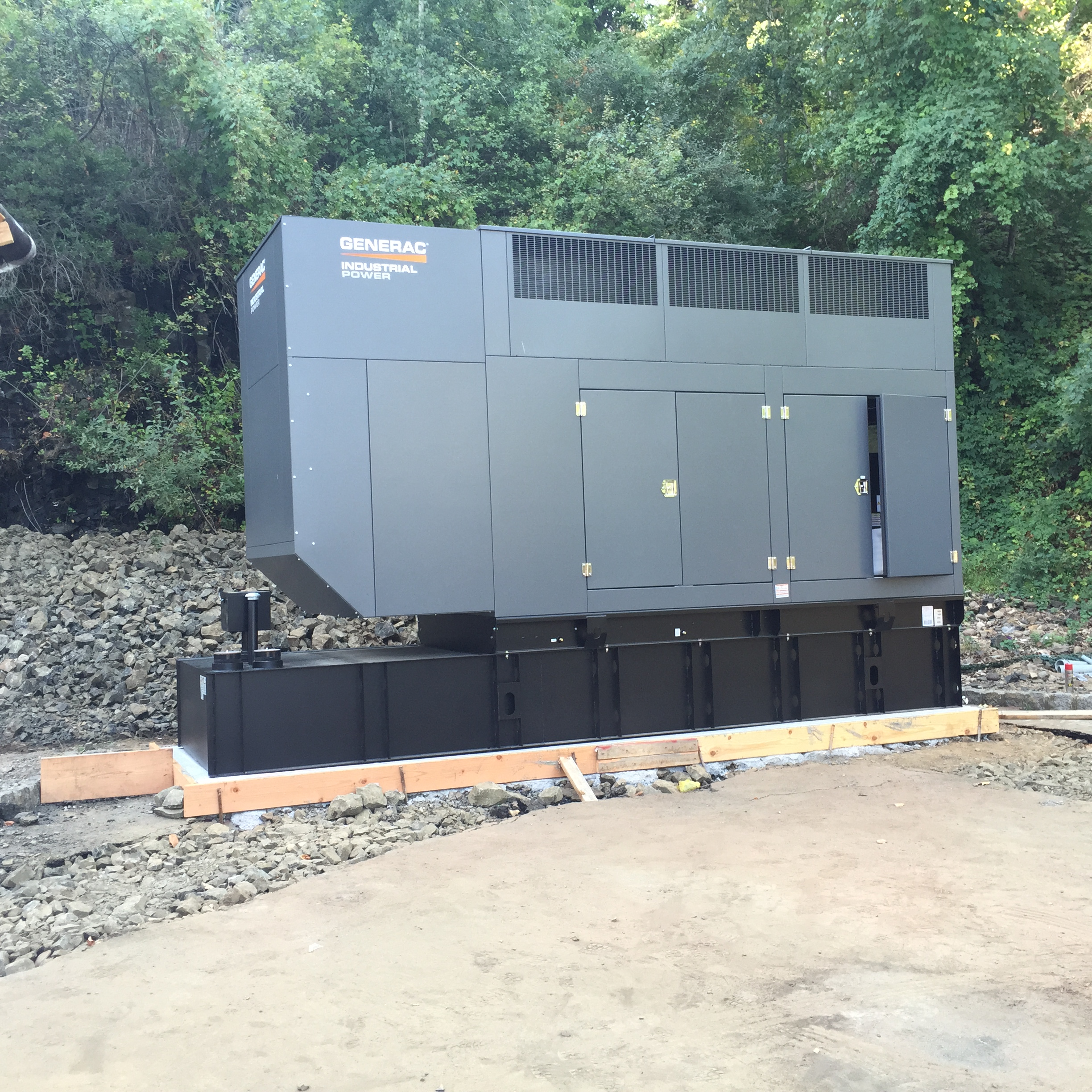 Installation of a 600kw Generac generator - Fairfield, NJ